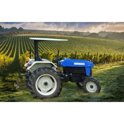 На рынок США вышел первый в мире электротрактор