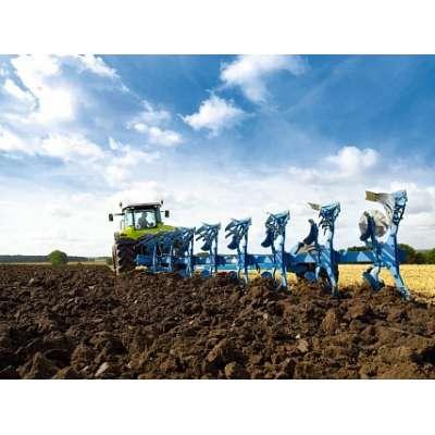 ClAAS рассчитал оптимальное сочетание глубины вспашки и скорости движения для трактора Axion